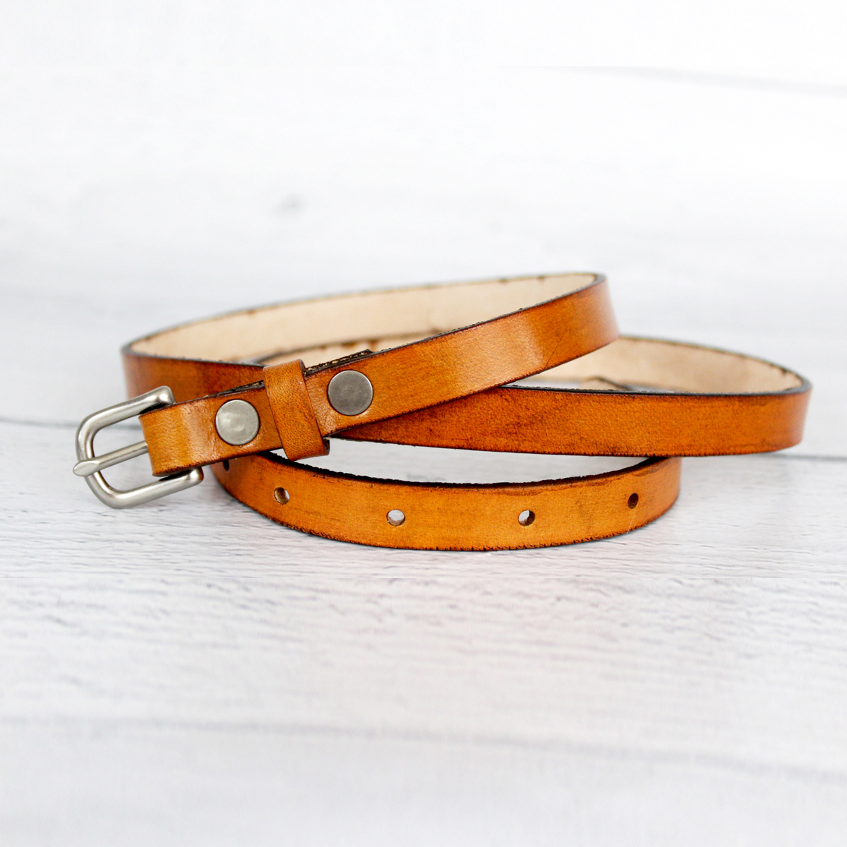 thin-womens-tan-leather-belt-the-leather-smithy_front