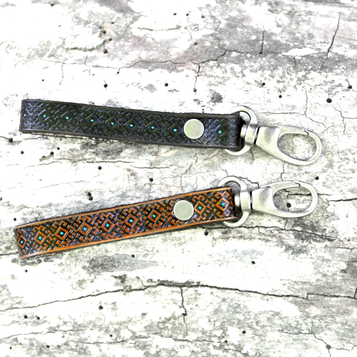 turquoise-leather-key-fob-the-leather-smithy_1WEB